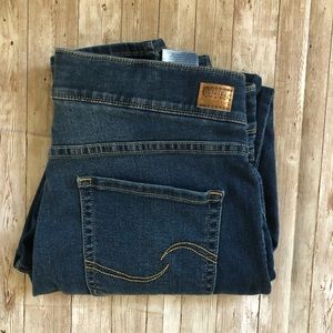 Levi's Skinny Pull on jeans